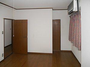マンションリフォーム:施工前の洋室