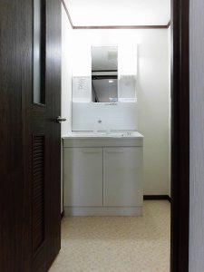 マンションリフォーム:交換後の洗面化粧台
