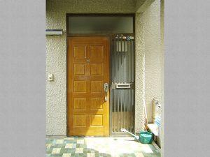 外構・外部工事:玄関ドア施工前