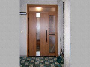 外構・外部工事:玄関ドア施工後