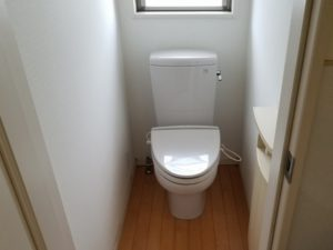 トイレ②:施工前[戸建リフォーム]